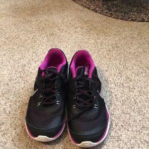 Nike flex trainer sneakers